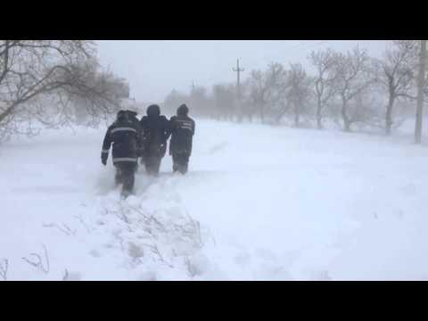 Рятувальники визволили  жінку із снігових заметів біля траси Іллічівськ-Одеса