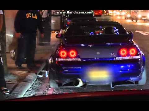 Nissan Skyline GTR R34 Shooting Fire!