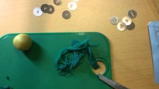 Видео-обзор железного экструдера для работы с мастикой и полимерной глиной