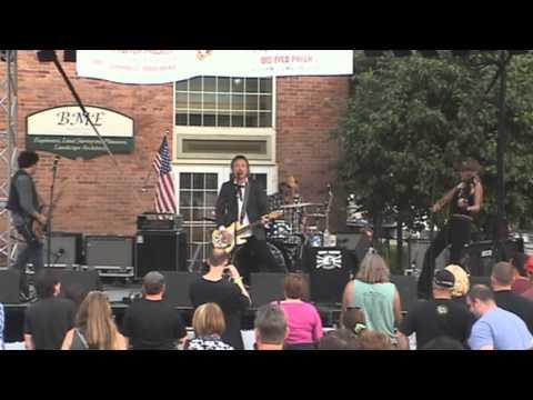 Tommy Brunett - Burning Tree - Fairport Music and Food Festival 2011