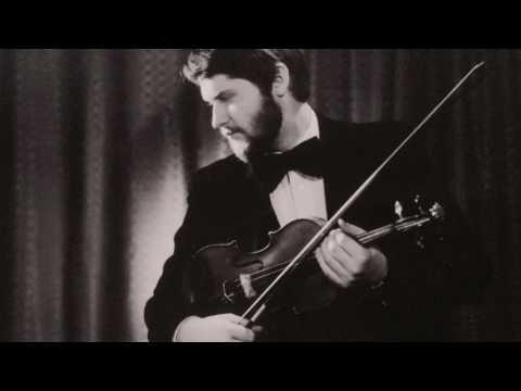 I. Stravinsky - Violin Concerto (1931), Krzysztof Smietana - violin, Robert Craft - conductor