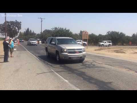 Trump motorcade departs Tulare, California