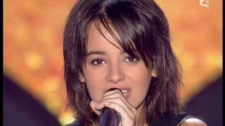 alizee - a contre courant  (Live)