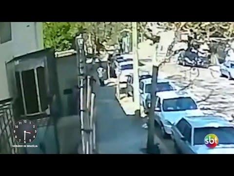 Mulher é baleada pelo ex-namorado na frente do filho em SP | SBT Notícias (27/08/18)