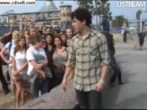 Nick Jonas Live Chat 2/2/10 Part 4/4
