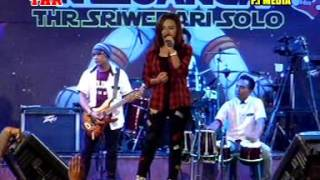Surat Cinta Untuk Starla Voc. Nita Savana - ZELINDA MUSIC Live THR Sriwedari Solo 2017