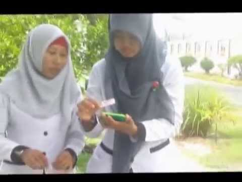 Eksperiman Sel Tumbuhan Mahasiswi UM Palangkaraya