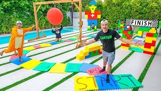 WORLDS LARGEST BOARD GAME W NNER GETS 10000