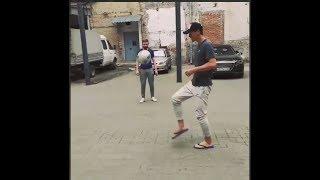 Элдор Шомуродов поиграл в мяч с болельщиками
