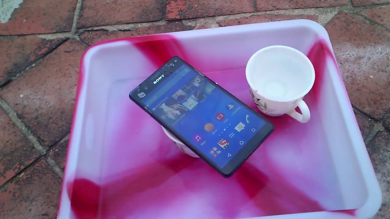Sony Xperia C4 Water Test - It Is Water Resistant? - YouTube