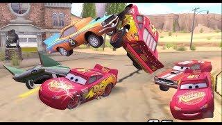 Disney Pixars Cars Movie Game - Crash Mcqueen 206 - Backwards Bumping