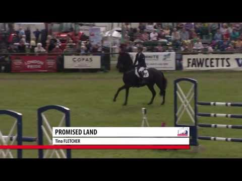 Showjumping - Tina Fletcher's Winning Round & Tim Page on Winning the Series