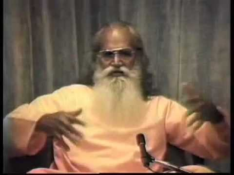 """""""Sucess in Life"""" - Q & A with Swami Satchidananda (Integral Yoga)"""