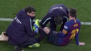 Lionel Messi gets a handjob