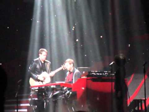 Taylor Swift- Treacherous - David Cook And Mike Meadows Solo intro
