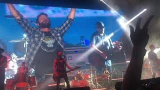 Dierks Bentley performing Woman Amen Chula Vista, California and Surprised wife.