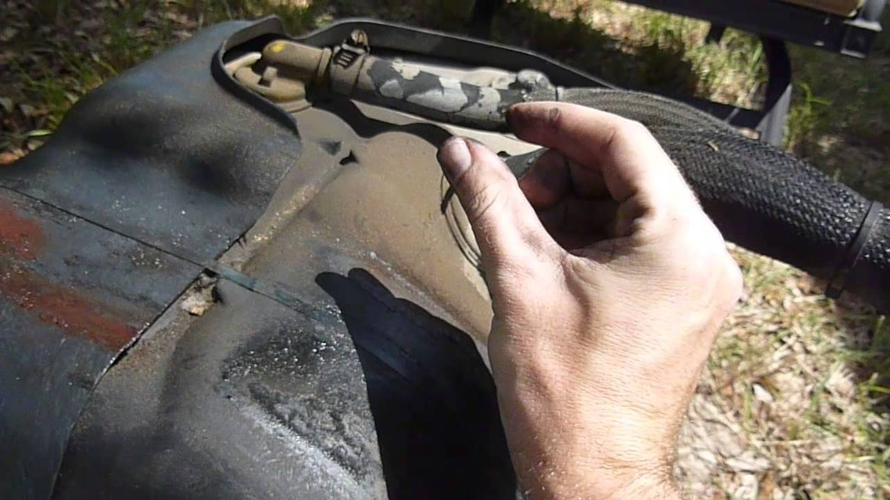 Harpooning a fuel tank ford f250 f350 7 3l powerstroke diesel youtube