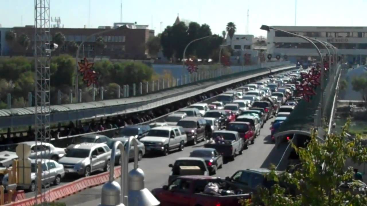 Laredo at the Lincoln-Juarez International Bridge