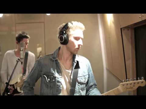 The Summer Set - Figure Me Out (Live at The Village)