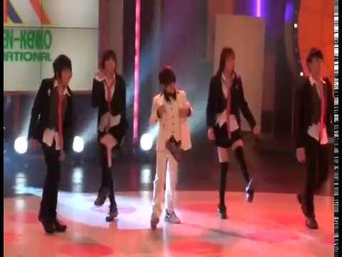 Lisa BLACKPINK and Bam Bam GOT7 - Rainism Cover Dance