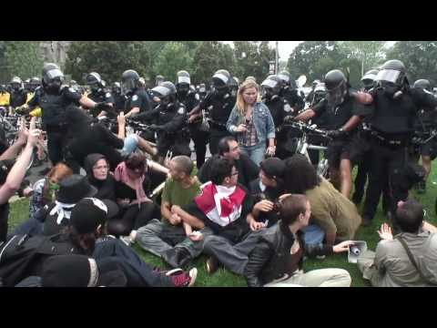 POLICE SURROUND PROTESTERS AND ATTACK - QUEENS PARK TORONTO  - G20