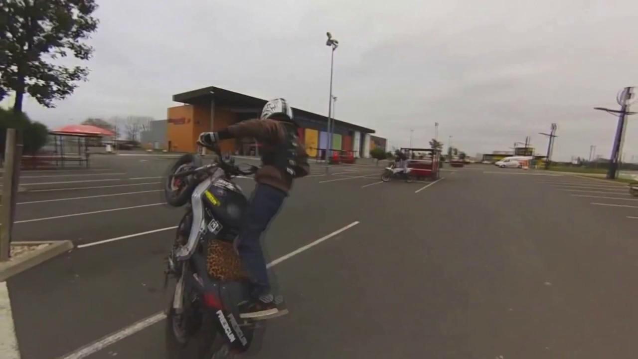 Stunt La Rs 50cc Honda Cb500 Youtube