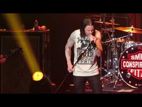 Slash And The Conspirators The Great Pretender 10-9-18 The Paramount, Huntington N.Y.