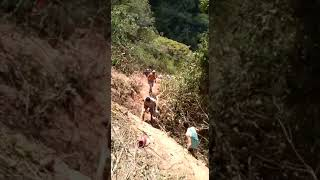 Gambar cover Caminhão tomba na descida da Serra da Ibiapaba