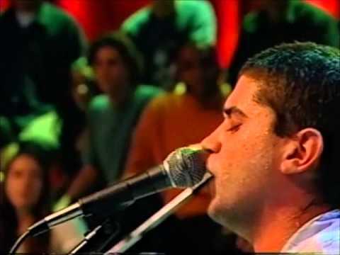 """23 - Cordel do Fogo Encantado """"Boi Luzeiro ou a Pega de Violento""""no Programa Música Brasileira"""