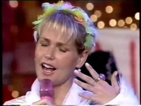 """Xuxa canta """"Alerta"""" - (Contra as Drogas) - Trecho do ..."""