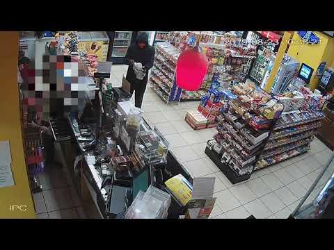 Man Robs Suffolk Gas Station at Gunpoint [Video]