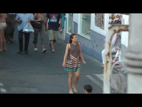 Charlotte Casiraghi incinta a Capri