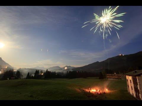 جبال الألب تكتسي بلون الكهرمان مع احتفال سويسرا بيومها الوطني  - نشر قبل 11 ساعة