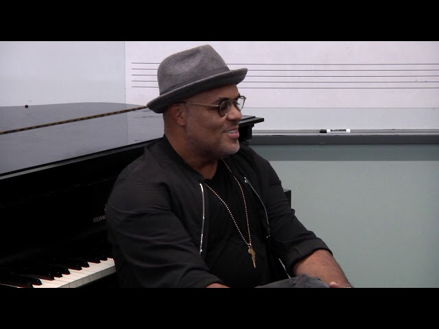 Israel Houghton Finding Peace On The Road To DeMaskUs with Those Baxters