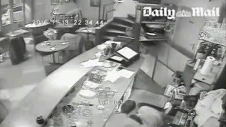 Terroranschlag Paris 8 - Überwachungskamera in Cafe