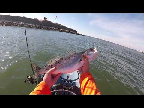 FISHING An ABANDONED MILITARY FORT For REDFISH And SPECKLED TROUT!