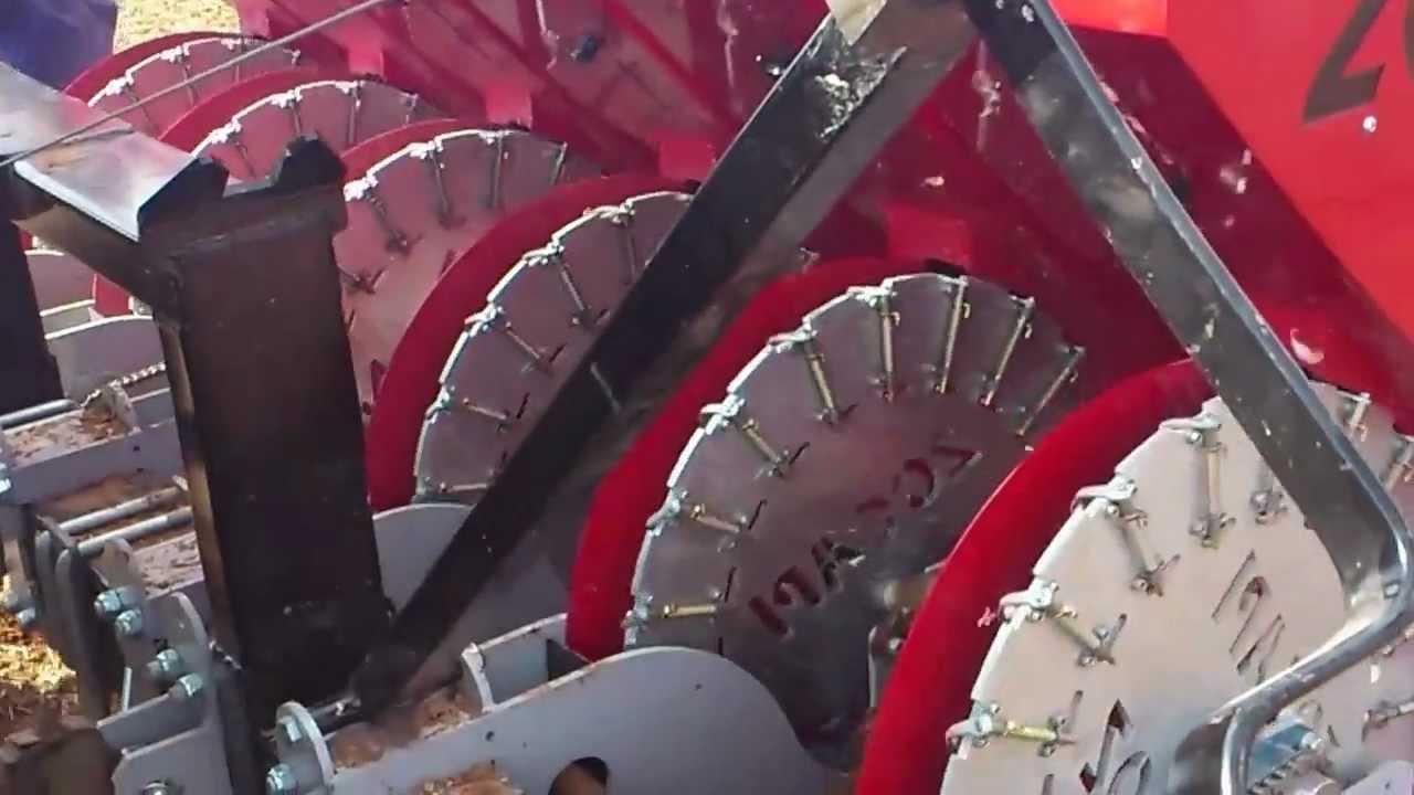 Zocapi Mechanical Garlic Planter Pmz 2012 Youtube