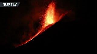 El volcán Etna entró en erupción