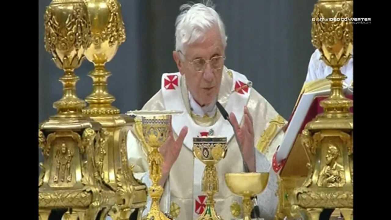 Pope Benedict XVI 2012 celebrates a mass in St. Peter's Basilica ...