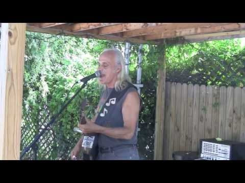 Kent DuChaine sings the blues at DanielDay Gallery 1080p