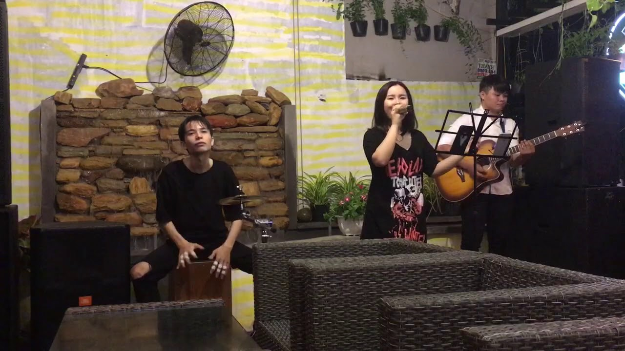 sha-la-la-acoustic-band-cover-cafe-acoustic-mvland-band