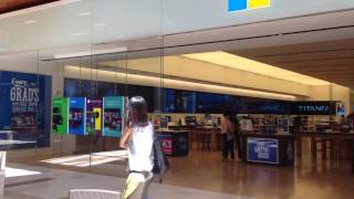 Microsoft Store - Bellevue Square Mall Seattle USA