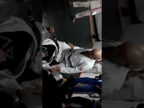 Aula inaugural de Jiu Jitsu em Itanhém - Mestre Caxambu