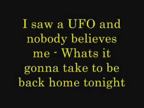 Sneaky sound system - UFO (lyrics)