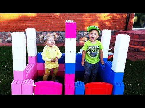 ✿ Соединяем ЗАМОК ПРИНЦЕССЫ и ПРИНЦА Игры Для Девочек и Мальчиков Mega Bloks Castle Princess Disney