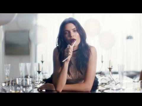Wild Love: Кендалл Дженнер и Эль Кинг для новой помады Pure Color Love