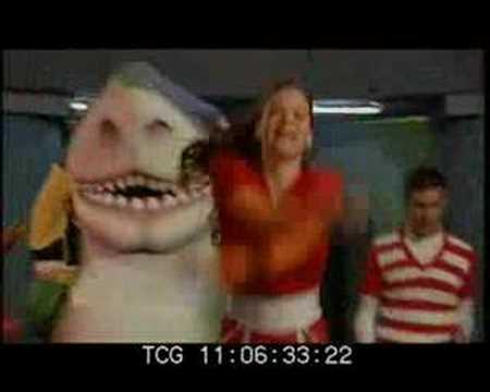 la cancion del tiburon
