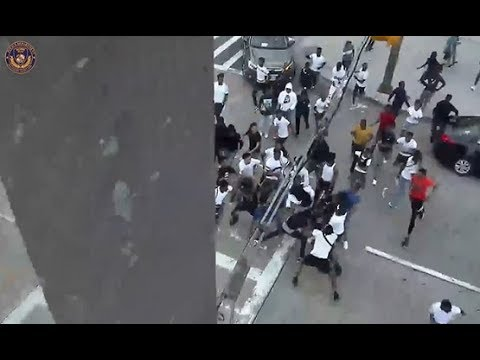 Hundreds Of Teens Attack & Rob Random People In Baltimore!