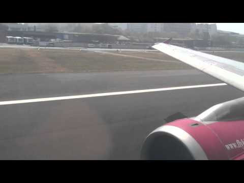 Kingfisher Airlines IT317 BOM-DEL Takeoff