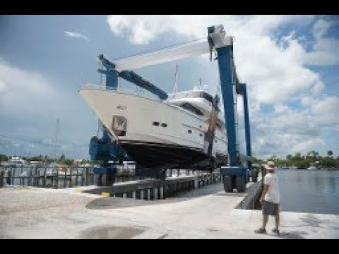 Video: Hurricane Irma Forces Yachts to Be Moved Inland for Safety